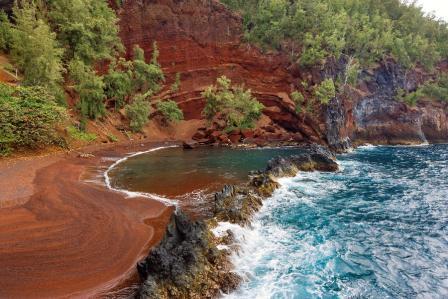 kaihalulu-sahili-hana-hawaii