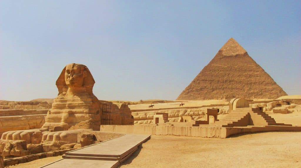 httpfamouswonders.comgreat-pyramids-of-giza